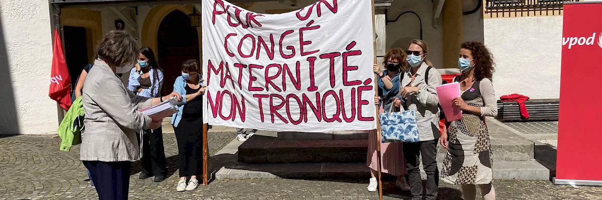 """Dépôt le 1er septembre 2021 de la motion populaire """"Pour un congé maternité non tronqué"""""""